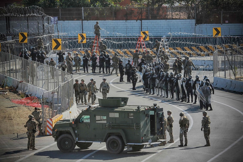 Waiting For Them  Sunday  November 25  2018 (Sandy Huffaker.AFP.Getty Images).